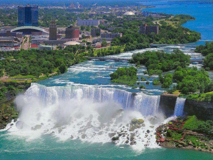 Aerial view of towns near Niagara Falls